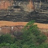 Sigiriya - 200 méter magasan fekvő fellegvár, és királyi palota. Története hátborzongató, de látványa lenyűgöző